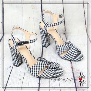NEW Gianni Bini Gingham sandals